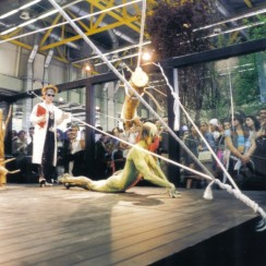 performances installations cosmoprof 2