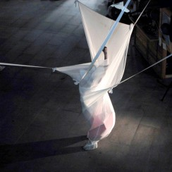 performances installations no flying 2
